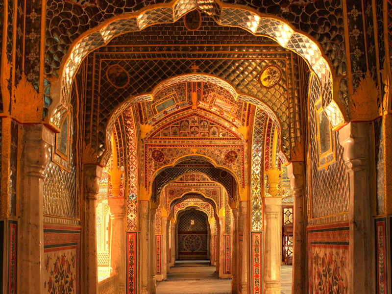 Sheesh Mahal at Samode Palace