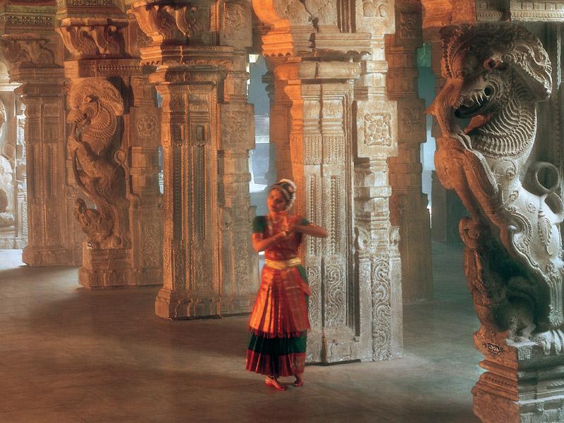 A Dancer performing at the Meenakshi Temple